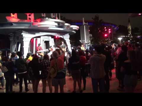 Hard Days Night Beatles tribute - Ob-La-Di, Ob-La-Da - Disneyland Anaheim CA 6/2/2017