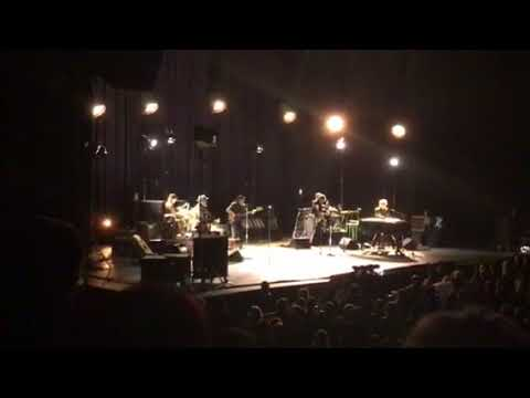 Bob Dylan honors Tom Petty in Denver - Learning to Fly - 2017/10/21