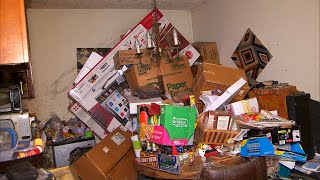 inside-the-homes-of-hoarders