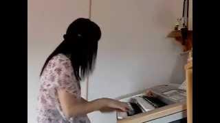 能年玲奈さん主演、NHK朝ドラの「あまちゃん」の挿入歌、「暦の上ではデ...