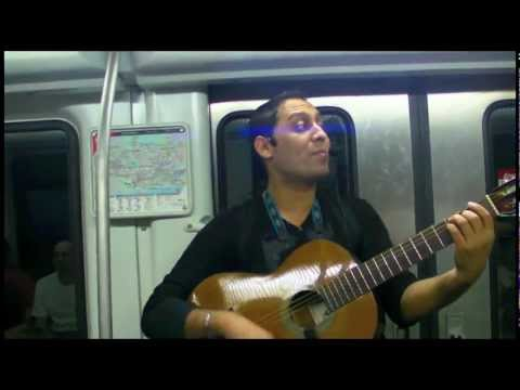 BARCAM11 - Barcelona's Metro 'rocks' with three talented artists