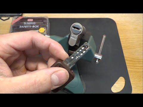 (31) Picking - Dom IX10 mit 10 Pins und interaktivem Element gepickt und zerlegt