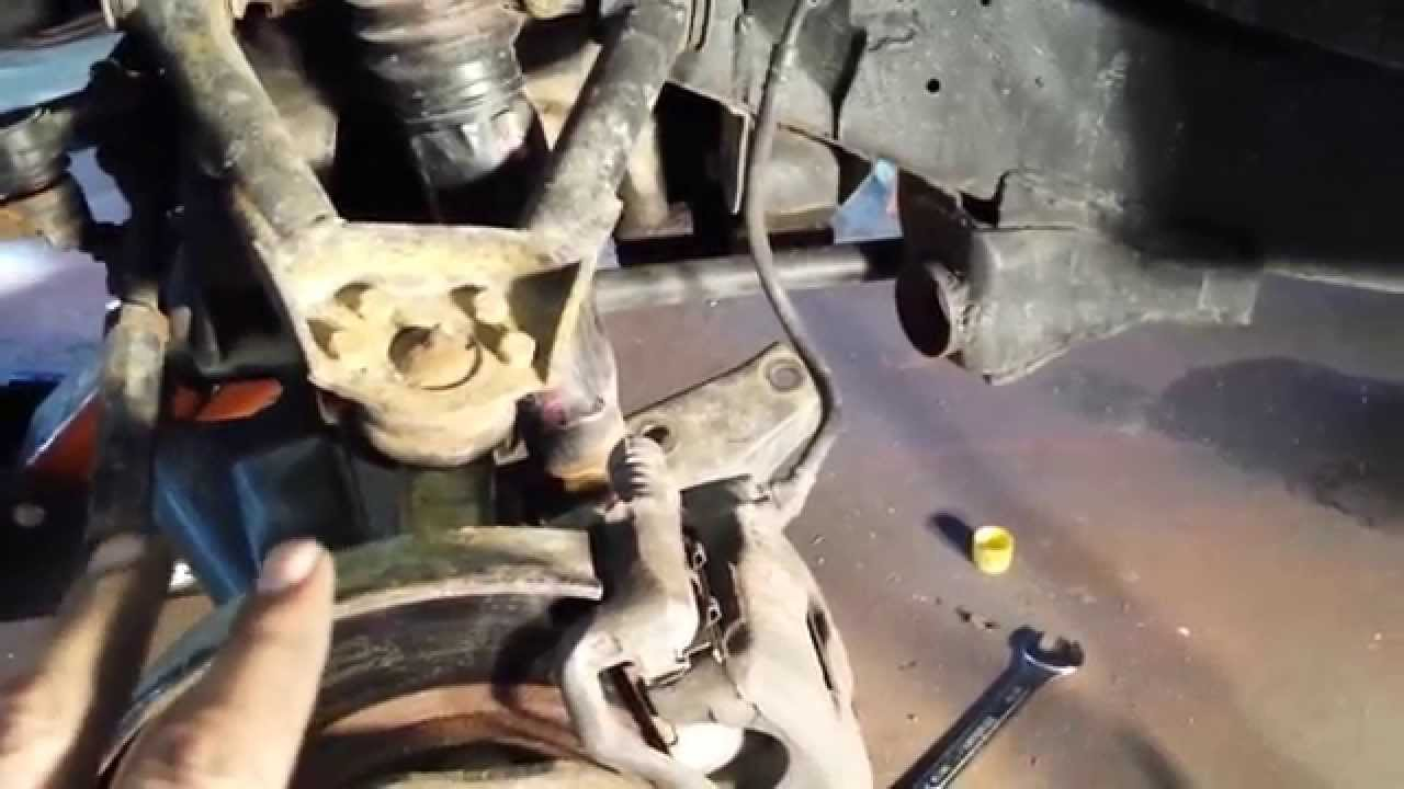 1996 Ford Ranger Shock Mount