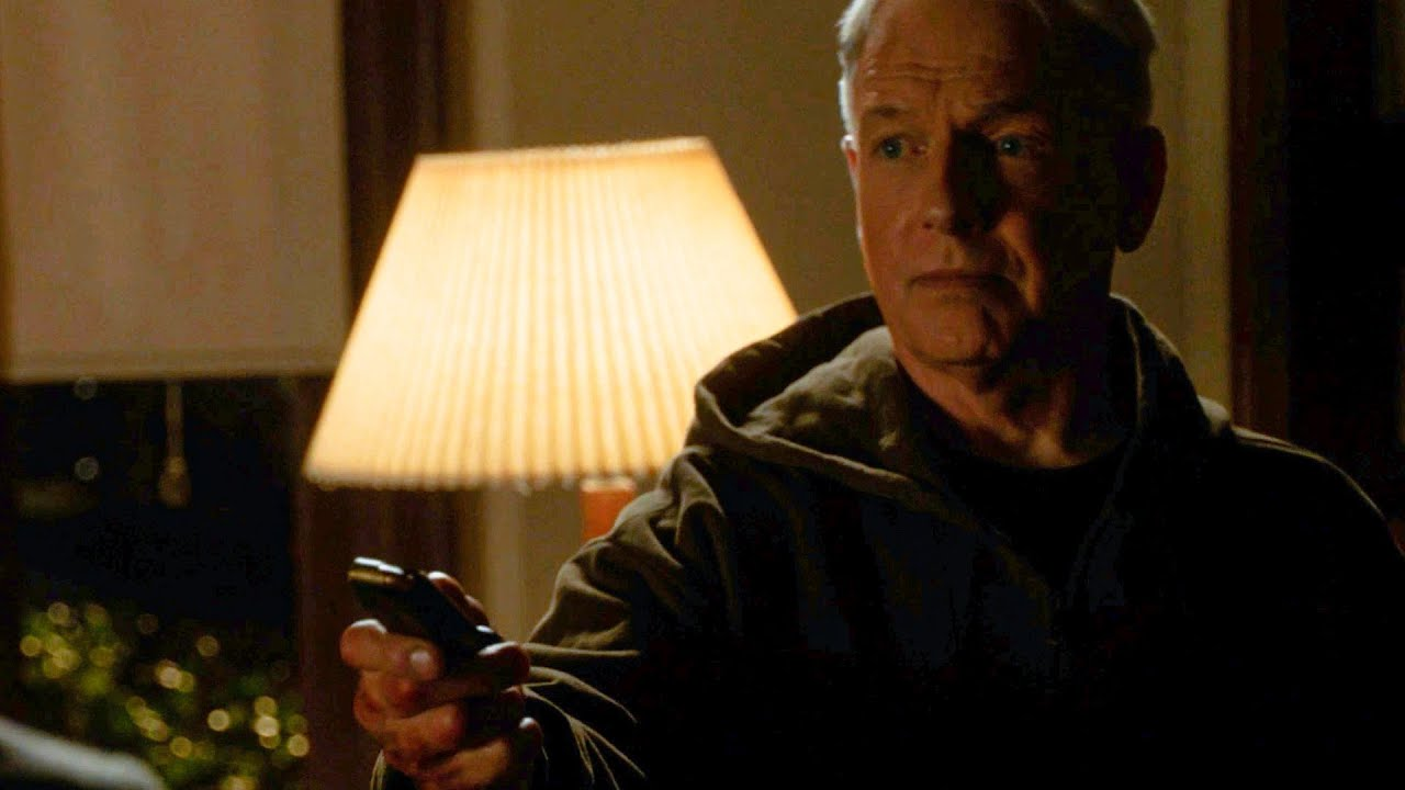 'NCIS' Preview: Will Gibbs Get His Badge Back? (VIDEO)