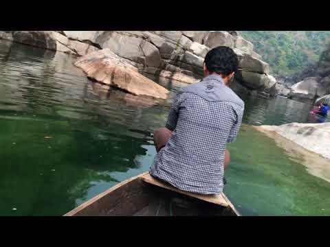 Umngot River underwater view, Shnongpdeng, Meghalaya, India