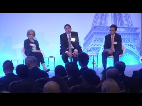 Danièle Nouy discusses European Banking Supervision in Paris