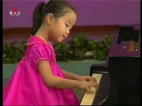 "[Piano] Yu Pyol Mi - ""The General and Children"" {DPRK Music}"