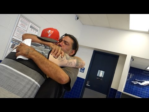 Homeless Man Goes Home After 8 Years - Will Make You Cry!