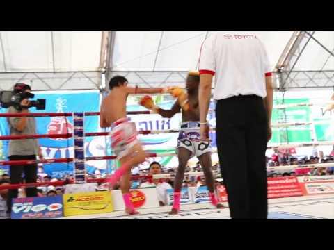 มวยไทยมาราธอน,สมรักษ์ คำสิงห์เอาชนะคะแนนวิคเตอร์ แน็ค