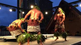 Hilton Hawaiian Village Starlight Luau - April 2015 - Honolulu, Hawaii - Samoa Men Dance