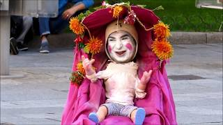 Big baby in buggy Verona Milan | pazzo a verona | Italy | funny video