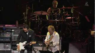 "TOMOYASU HOTEI , LEE RITENOUR & MIKE STERN ""Battle without Honor or Humanity"""