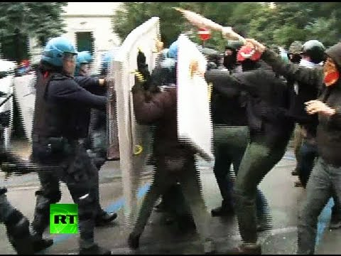 Italy protest video: Police clash with 'No Monti Day' activists