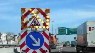 Truck trailer traffic signal
