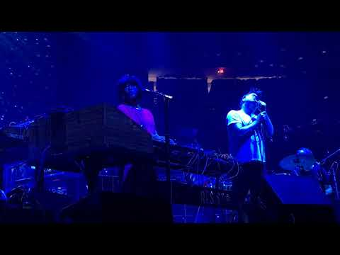LCD Soundsystem - Tonite/Home/I Want Your Love (Chic Cover) (Boston 12-8-2017)