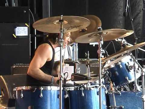Beth Hart at Notodden - Isolation Drum Solo Todd Wolf