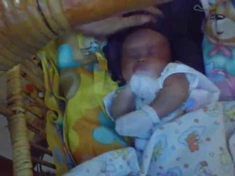 Inilah Posisi Tidur Yang Baik Bagi Bayi