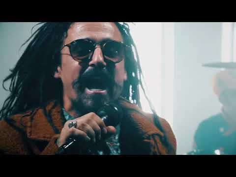 Klub Ft. Dread Mar I - El pájaro vio el cielo y se voló (video oficial)