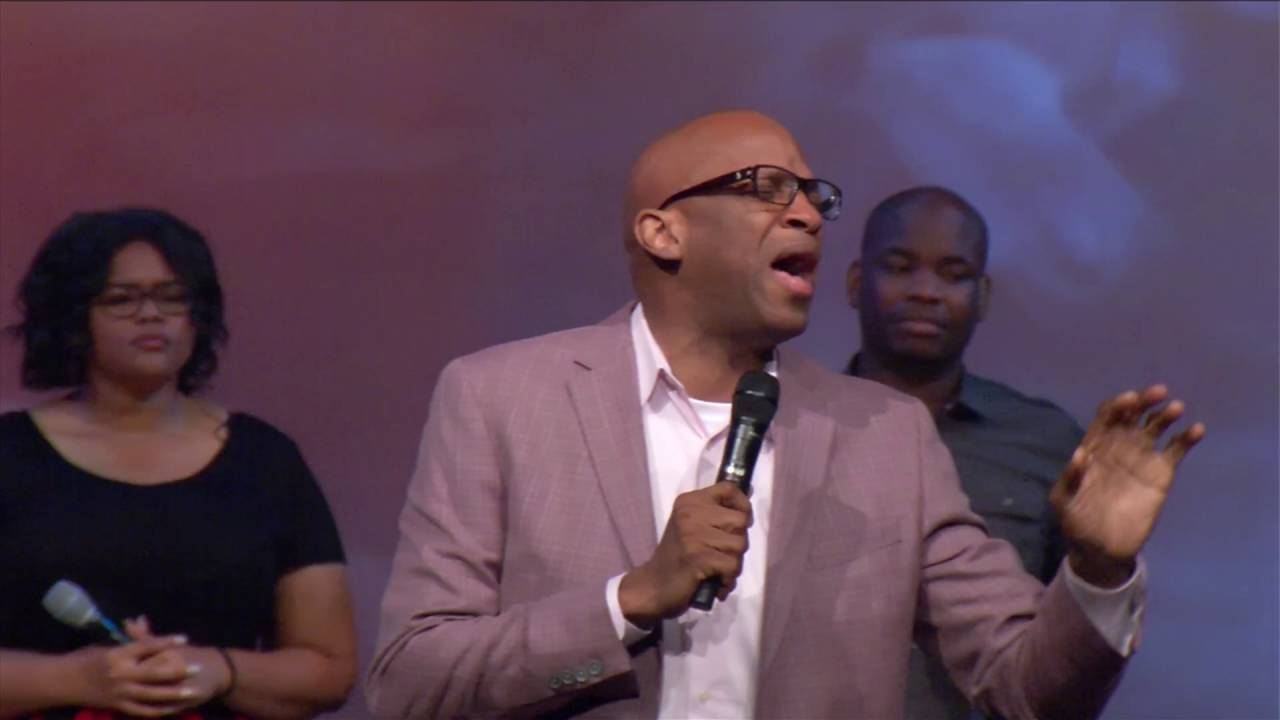 Donnie McClurkin // Revival Nights