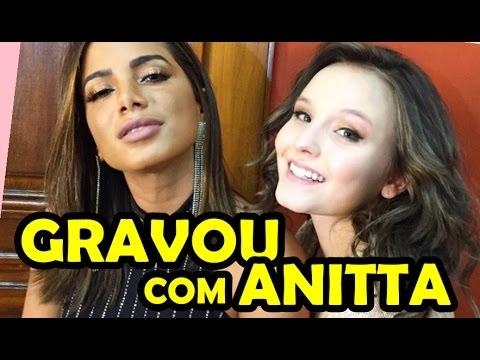 LARISSA MANOELA GRAVA COM ANITTA PARA O FILME MEUS 15 ANOS