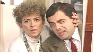 Don't Look Bean | Funny Clips | Mr Bean Official