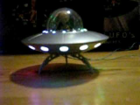 Pegasus Hobbies UFO lighting - YouTube