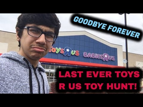 THE LAST EVER TOYS R US TOY HUNT! (GOODBYE FOREVER TOYS R US) (WWE Action Figures!)