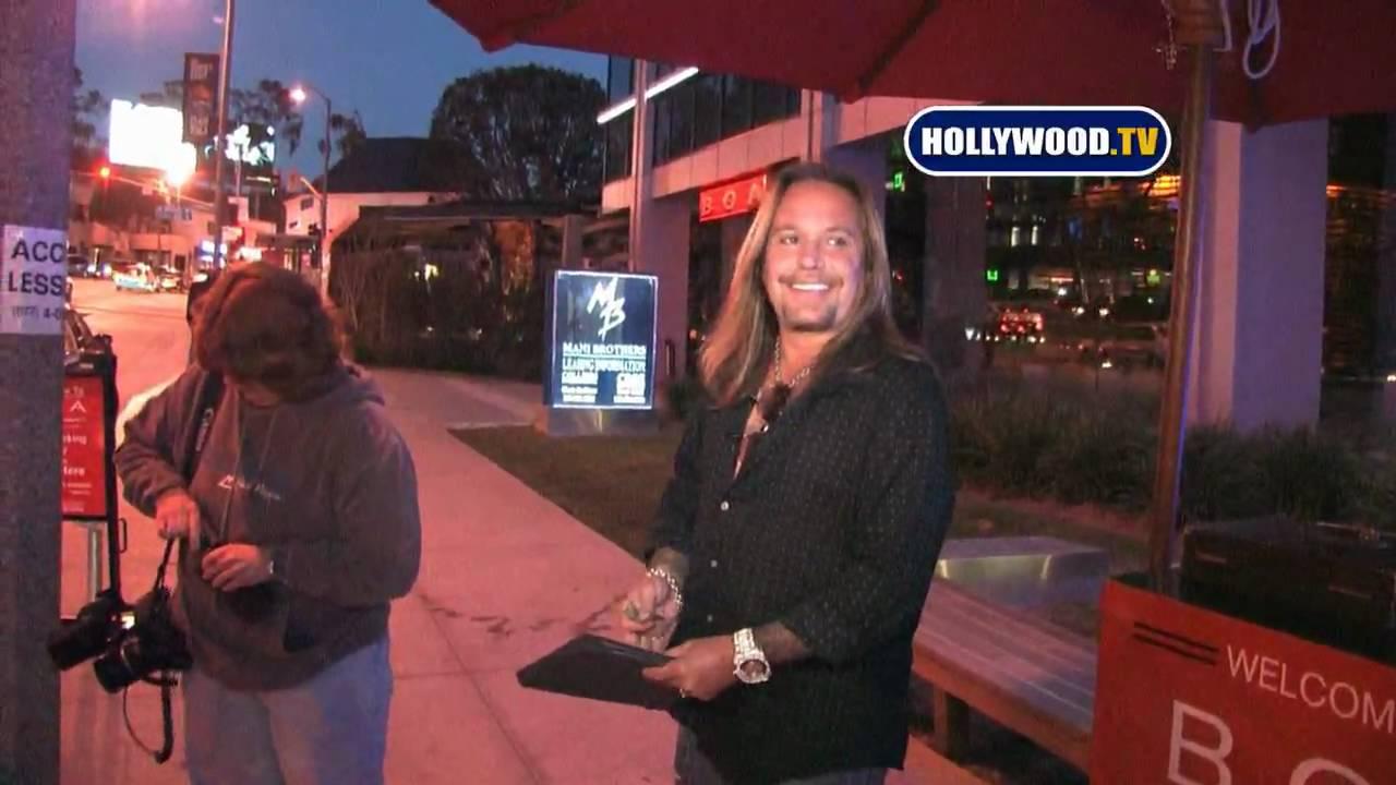 Ferrari California T >> Vince Neil Talks About Bret Michaels - YouTube