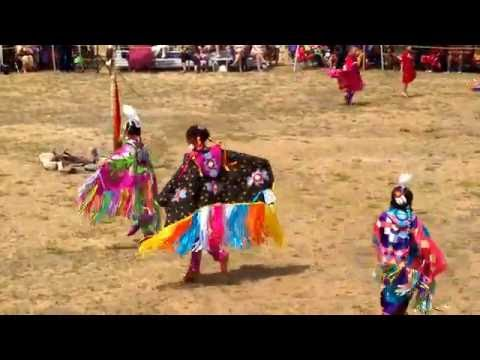 Mashpee Wampanoag Tribe powwow 2016 Native Youth Girls Fancy Shawl Dance