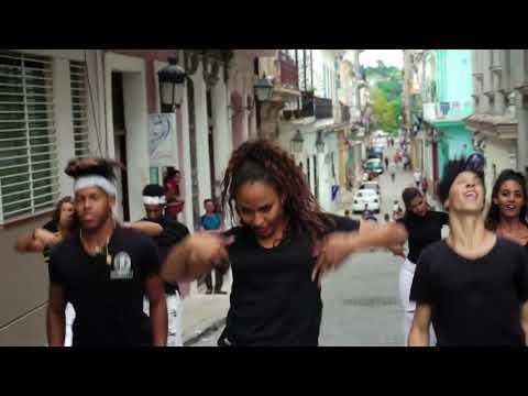E. Co Dance. Compañía invitada por Los Días de la Danza.