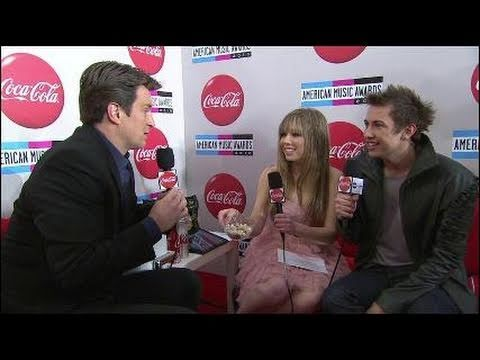 AMA 2010 Red Carpet Interview with Nathan Fillion