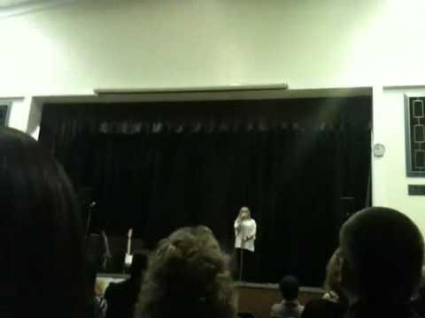 Vicky Kennedy singing Hallelujah