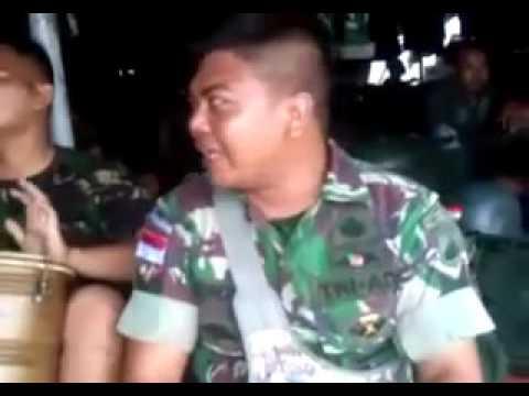 Aksi dangdut para anggota TNI AD joss