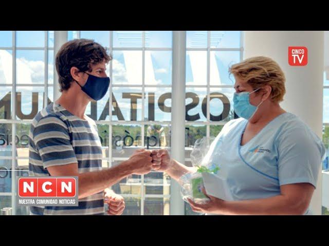 CINCO TV - Juan Andreotti celebró el ´Día de la Enfermería´ reconociendo a profesionales de salud