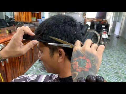 Hướng dẫn cắt – tỉa tóc XOĂN tự nhiên và bình dân nhất với form đầu DẸP | Tổng quát những kiến thức liên quan tóc xoăn tự nhiên có cắt ngắn được không mới cập nhật