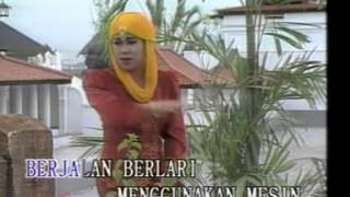 Nasida Ria - Tahun 2000 [Official Music Video]