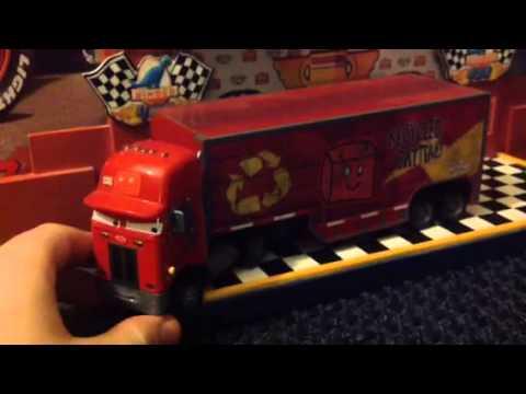 Jerry Recycled Batteries 2009 Disney Pixar Cars Peterbuilt Hauler Diecast Review