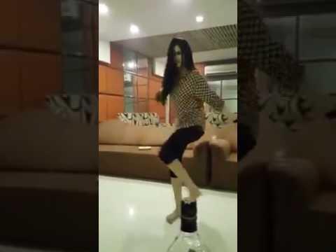 Hot pakistani Girl Dance ! Viral On Social Media ! 2017