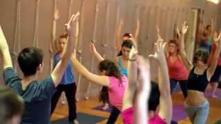 Йога центр в Казани Yoga house  Открытый урок в честь Дня Рождения Б К С Айенгара(Йога центр в Казани Yoga house. Открытый урок в честь Дня Рождения Б К С Айенгара http://www.youtube.com/watch?v=JcNe38tyutE ++++++++++..., 2014-12-25T14:44:03.000Z)