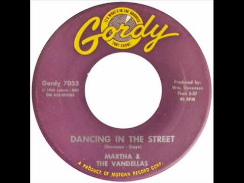 Classic Motown Martha Reeves Dancing In The Street 1964