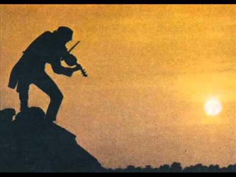 Violinista no Telhado - El violinista en el Tejado