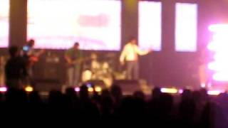 1st song who lamhe (Atif live in Toronto 16th may 09