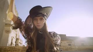 Junona - Rose Victoria