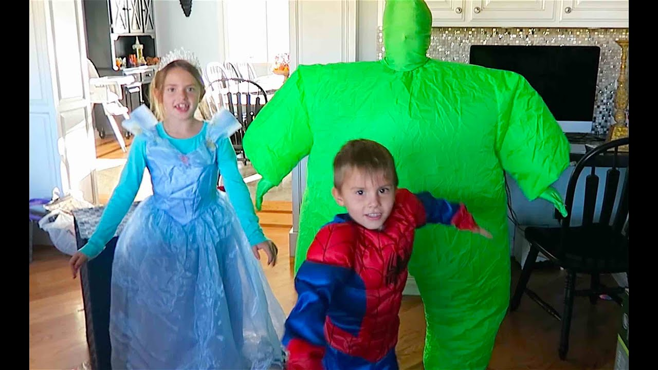 sc 1 st  YouTube & AWESOME HALLOWEEN COSTUMES! - YouTube
