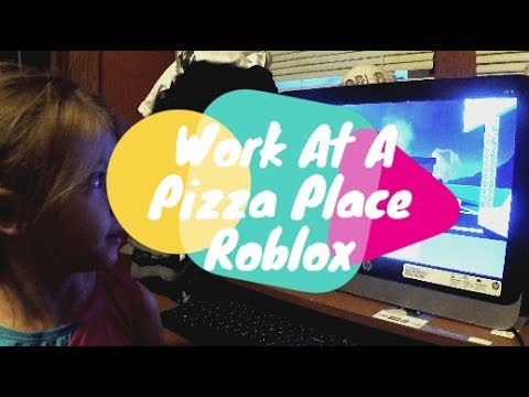 Working At A Pizza Place | ROBLOX | HBB TV