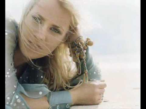 Natasha Bedingfield - I bruise easily (lyrics)