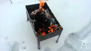 Разжигаем угли в мангале с помощью растительного масла