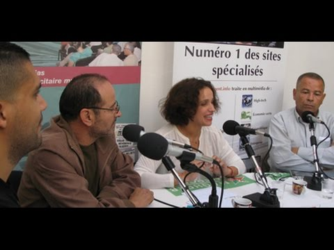 """Le """"café presse"""" : Faut-il un coup d'Etat pour pousser au changement en Algérie ?"""