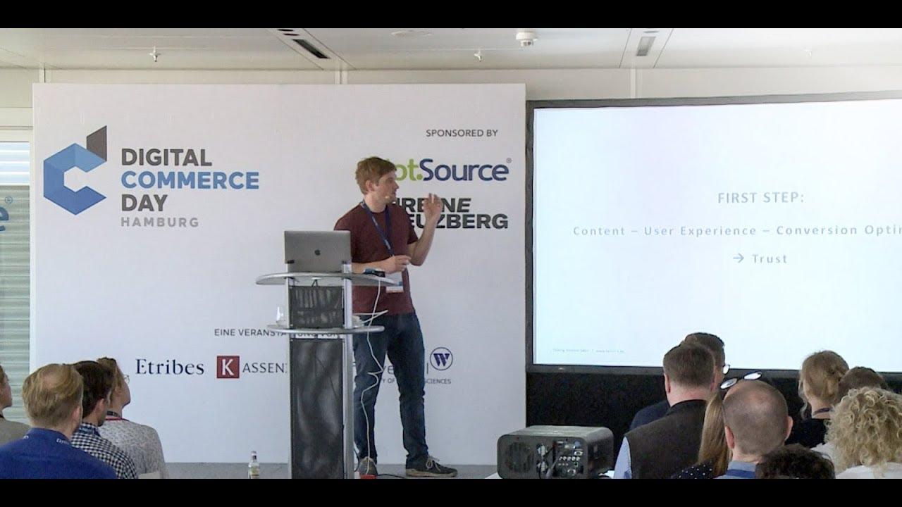 Nils Zündorf von factor-a auf dem Digital Commerce Day 2018 zum Thema Amazon Advertising