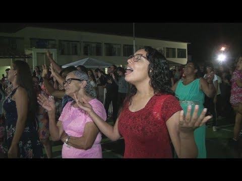 TVS - Em noite de louvor e adoração evento levou emoção e alegria a evangélicos de Santa Bárbara